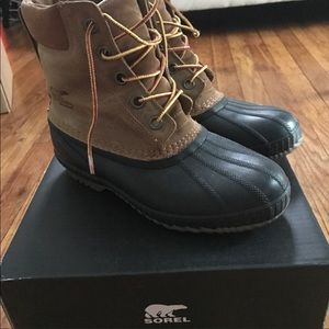 Sorel Winter Boots Size 7 Youth/Boys